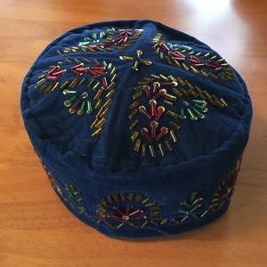 Accessories - 80's Navy blue velour beaded pillbox hat